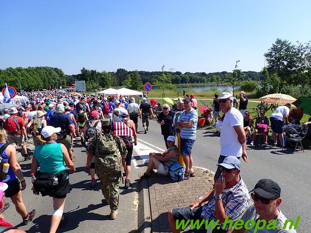 2016-07-19   1e dag Nijmegen    40 Km (83)