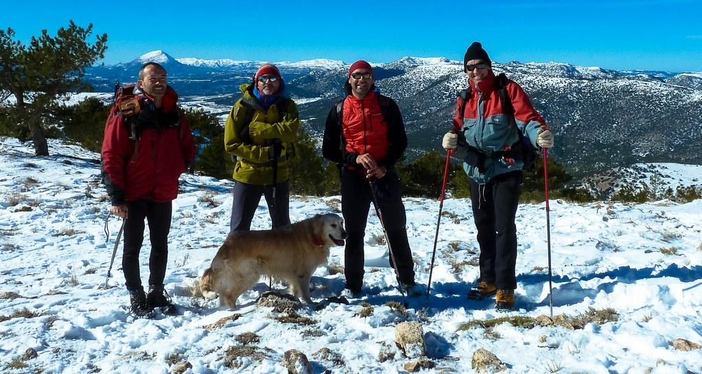 Foto de grupo en la cumbre de Revolcadores