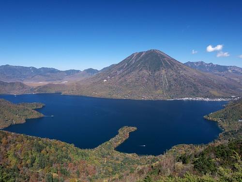 Lake Chūzenji and Mt. Nantai | by elminium