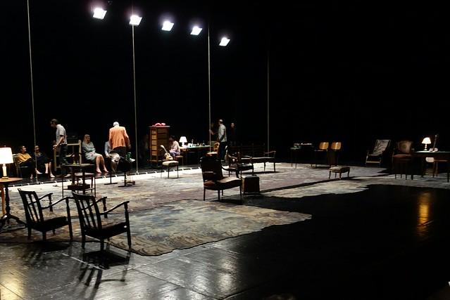 Shadow 17 - théâtre