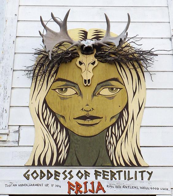 Goddess of Fertility : Frija