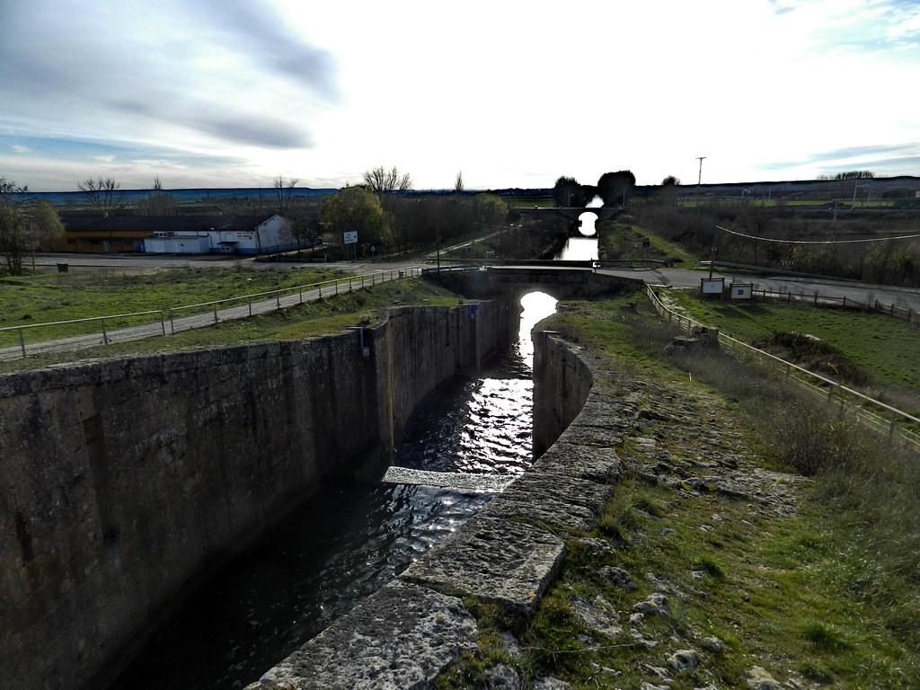 Canal de Castilla Esclusas en Fromista Palenci