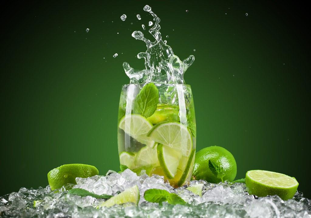 Drink-lemon-fruit-lemon-juice-fresh-cocktail-ice-green-hd