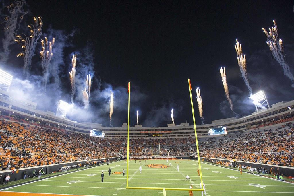 Oklahoma State Cowboys vs Texas Longhorns Football Game, S ...