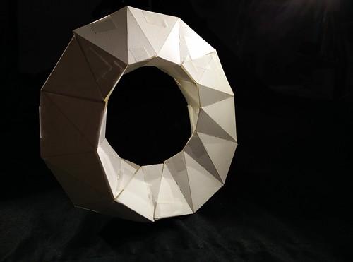 Möbius paper craft