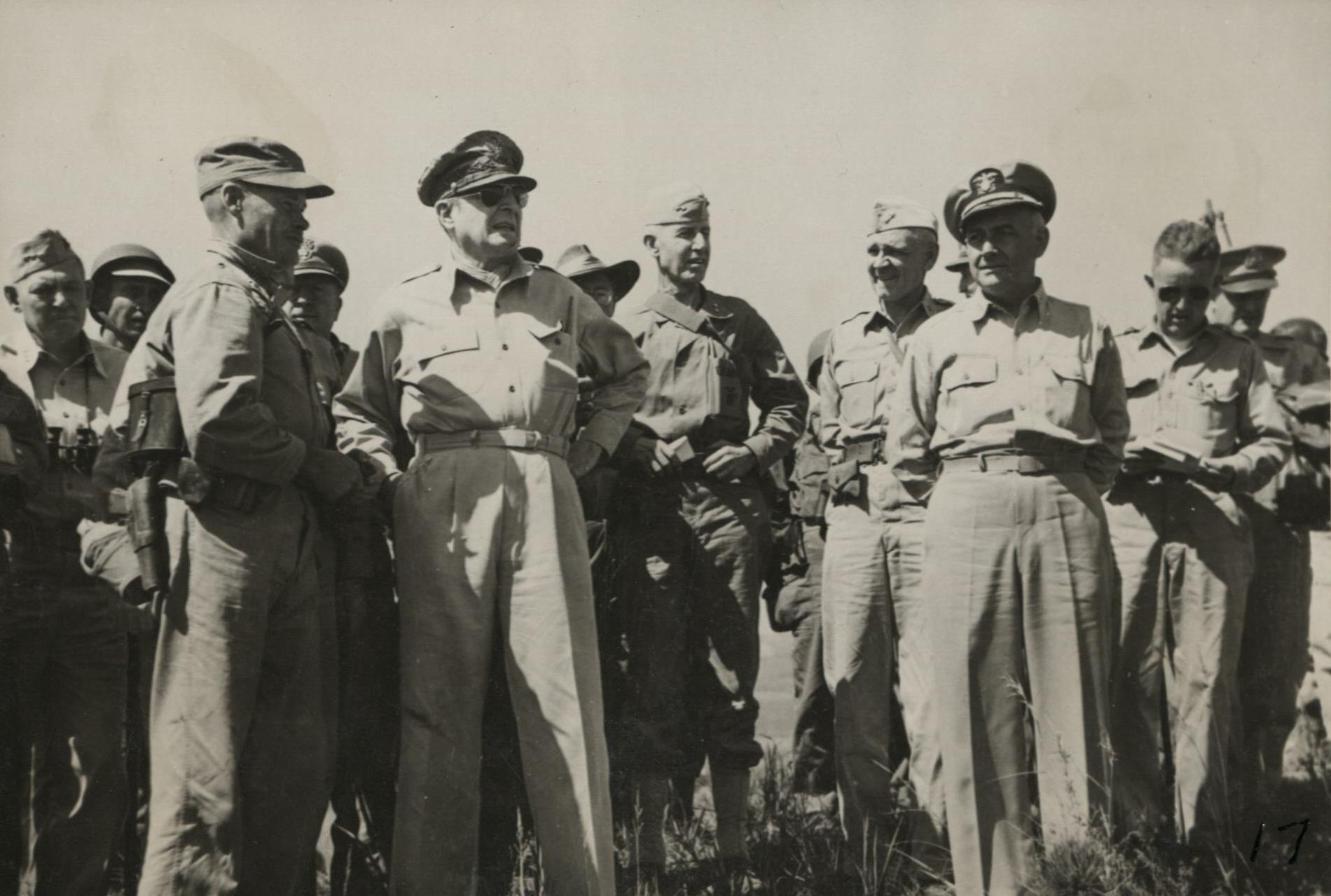 Douglas MacArthur and Lewis Puller, 17 September 1950