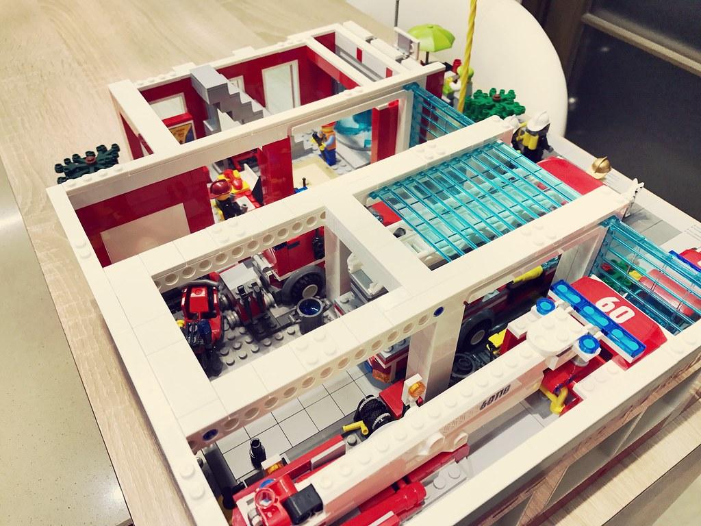 Lego Fire Station MOC