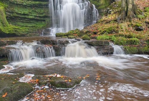 autumn waterfall rocks yorkshiredales settle scaleberforce platinumheartaward nikond700 bwnd106