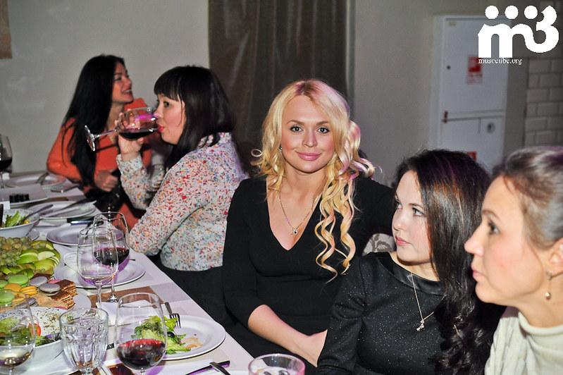 Buzova_Balkon_i.evlakhov@.mail.ru-93