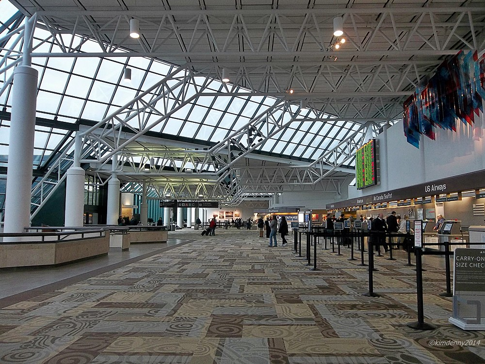 Inside the Nashville Airport | I have actually seen people a