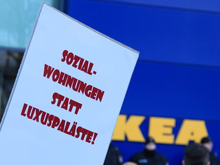 """neighbourhood sell out"" – Demonstration Hamburg - 17.01.2015 | by Rasande Tyskar"