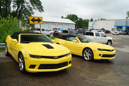2015 Chevrolet Camaro SS Convertible & 2016 Chevrolet Camaro RS Convertible Photo