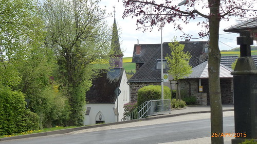 11. Außenansichten Kapelle