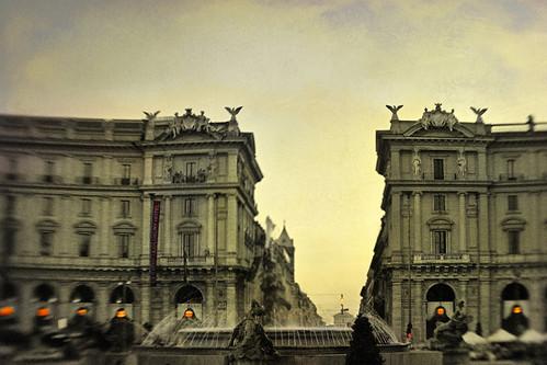 sunset blur color lensbaby textures piazzadellarepubblica fontanadellenaiadi hss 1crzqbn awayfromtheday