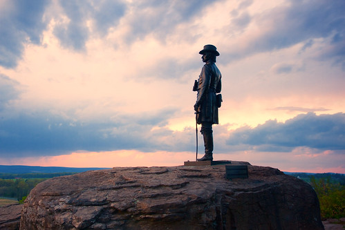 sunset history statue bronze clouds unitedstates general pennsylvania dramatic battle gettysburg civilwar littleroundtop gouvernuerwarren