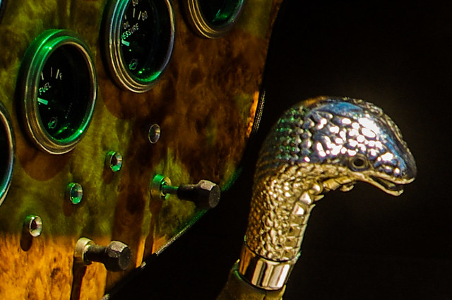 AC Cobra Gear Lever and Guages