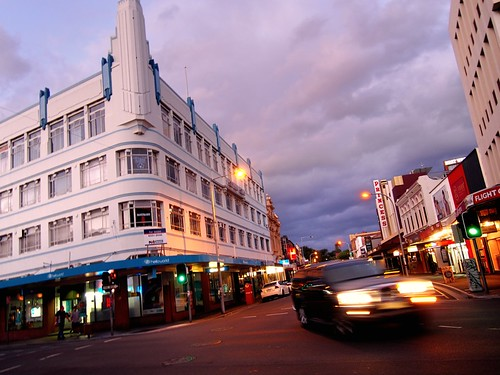 road city people urban trafficlights heritage car architecture clouds digital corner buildings evening iso200 twilight shadows zoom streetlamps kitlens australia wideangle olympus headlights motionblur shops pedestrians tasmania handheld postbox intersection artdeco storefronts turning launceston omd urbanlandscape 18s wideopen georgest f35 14mm 1442 em5 brisbanest mirrorless zoomedout micro43 microfourthirds mzuiko1442mmf3556iir olympusem5