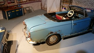 Peugeot 403 convertible weathered (18) | by www.MODELCARWORKSHOP.nl