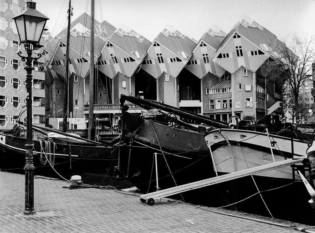 Rotterdam: Kubuswoningen.