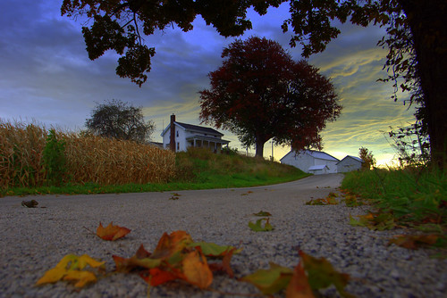 sky cloud fall barn farm backroad sunsise