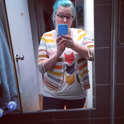 I am exceedingly pleased with how well this cute @patchworkthreads tee coordinated with my ModCloth cardi. Eeek! | by Penny Poppleton