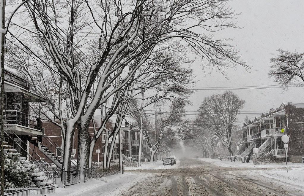 Premiere tempete de neige 10 dec 2014 --------------Ville St-Laurent--------------