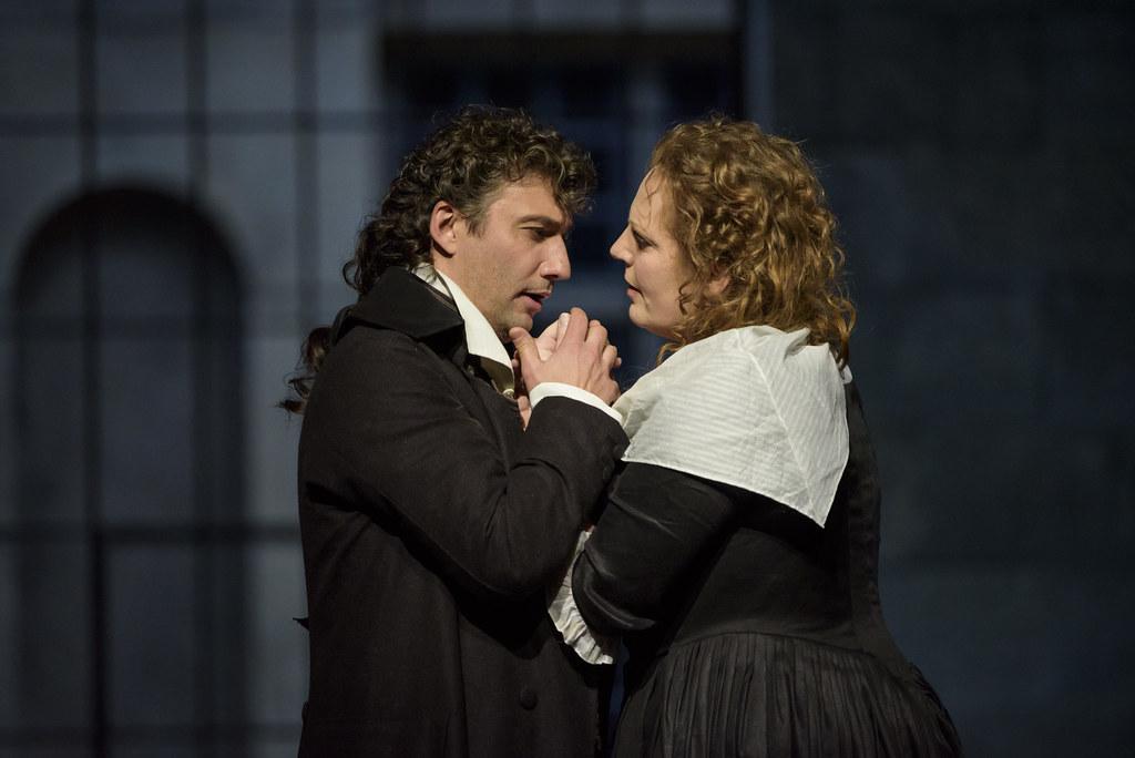 Jonas Kaufmann as Andrea Chénier and Eva-Maria Westbroek as Maddalena Di Coigny in Andrea Chénier © ROH. Bill Cooper 2015