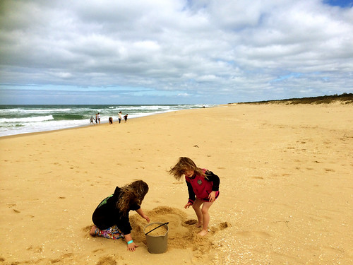 beach bucket sand waves australia victoria oceania lakesentrance teresamyers krystamyers lakesentranceforeshore