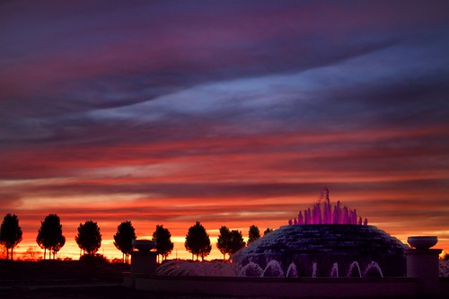 sunset fountain silhouette texas katy dusk katytexas lightedfountain purpleclouds orangeclouds fortbendcounty fortbendcountytexas