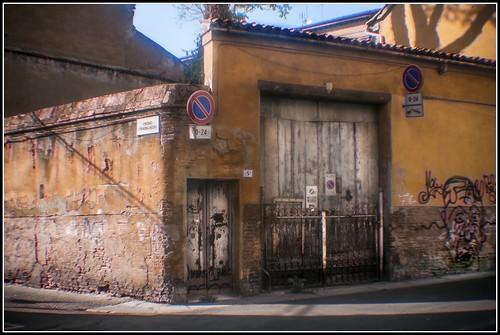 Bologna in agosto: via Del Riccio