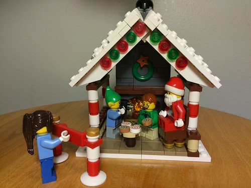 Pictures with Santa | by BrickGirls.com