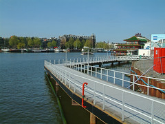 2005.04 - 'View over the Oosterdok water-front / Docklands' - Amsterdam photos & pictures, the temporarily footpath along the border; Dutch city photo + geotag, Fons Heijnsbroek, The Netherlands