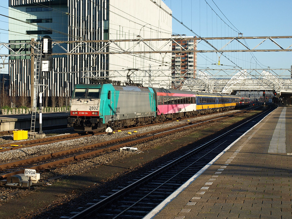Brussels to Den Haag / The Hague Thalys Train Tickets from ...