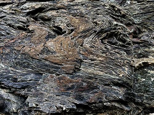 pourri (rocks of an old lime kiln)