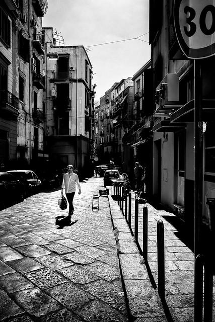 Neapolitan street / Rue Napolitaine