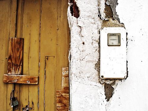 door wood white abandoned wall geotagged spain decay sony andalucia espana meter locked almeria w1 crusty crumbling carboneras flickrfly timcaynes caynes geolat36996 geolon189296 getilt346759 gehead00253412 gerange28178