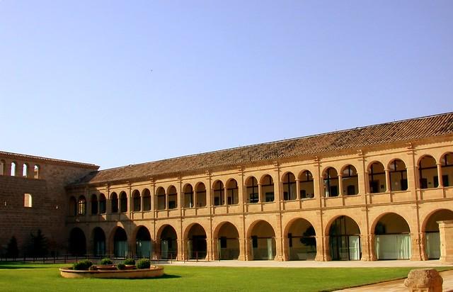 Fachada monasterio