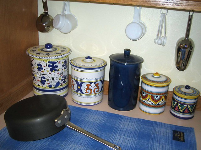 MA's Decorative Cannisters
