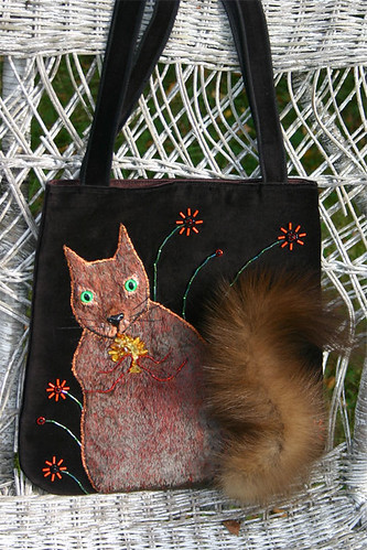 Handbag With a Squirrel / Käbikuningas | by X by Leina Neima