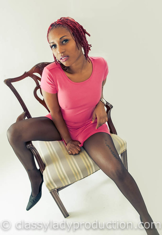 Pink And Black Ebony Model Wearing A Pink Tight Dress Sho Flickr