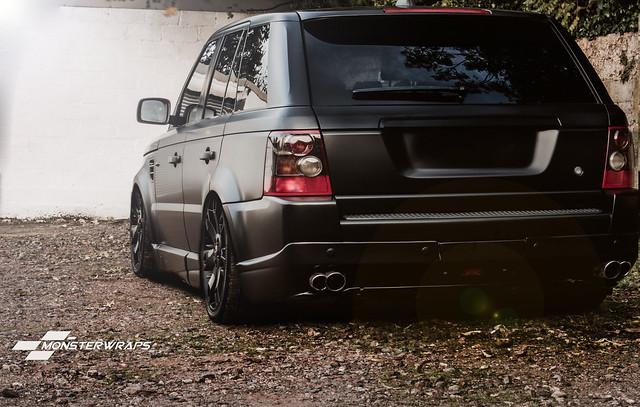 Range Rover Sport - Satin black