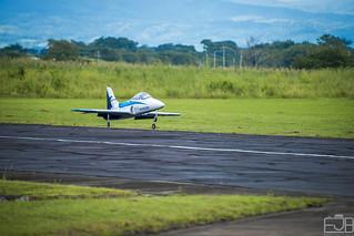 Viper Jet Jaguar Landing Evento 3D y Jets Sobre Guatemala