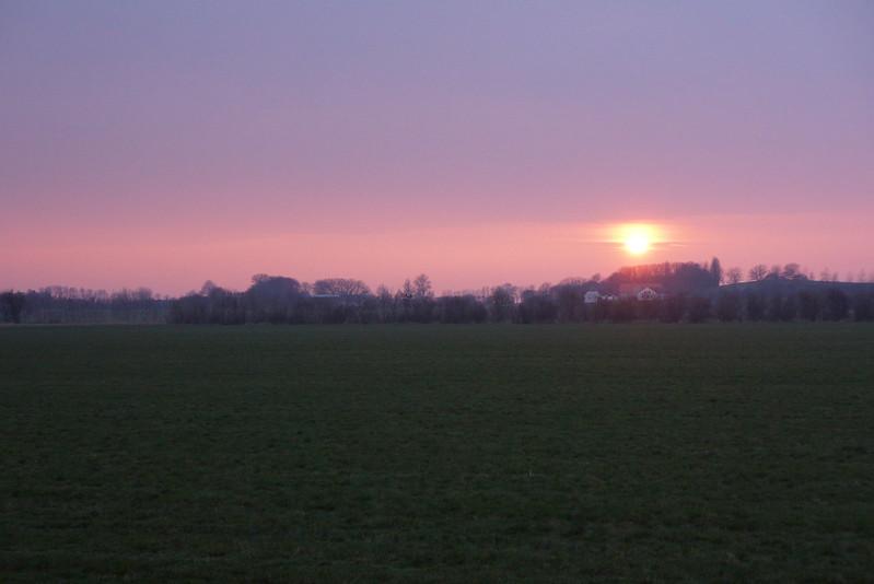 Solnedgang-tjoernbjerg