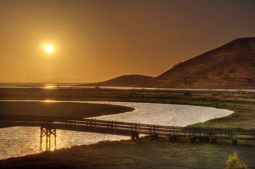 newark california donedwardssanfranciscobaynationalwildliferefuge donedwards nationalwildliferefuge wildliferefuge bay sanfranciscobay sunset sun dusk 3xp raw nex6 photomatix sel55210 slough pond saltpond wetland outdoor sky clear water fav200 qualityhdr qualityhdrphotography dumbartonbridge