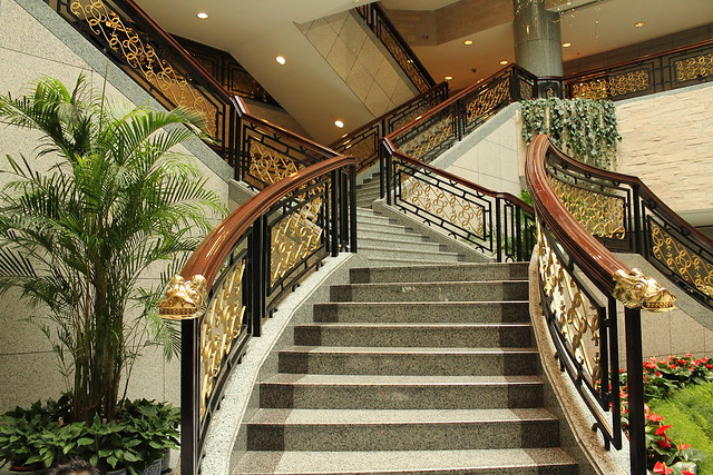 Grand Staircase of Shanghai Museum