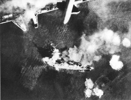 Ataque al Marat en la bahía de Kronstadt