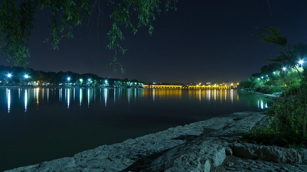 Pont de Siosepol à Ispahan