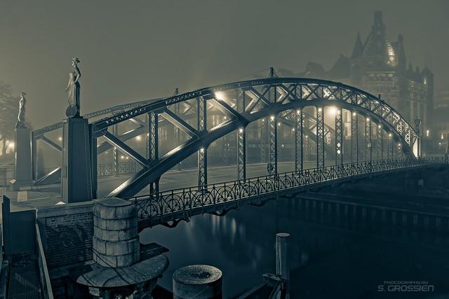 Herbst an der Brooksbrücke
