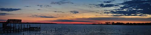 sky panorama usa water sunrise nikon wasser unitedstates florida fortwaltonbeach ftwaltonbeach choctawhatcheebay fwb okaloosacounty d5000 fisherbray garniersbeachpark