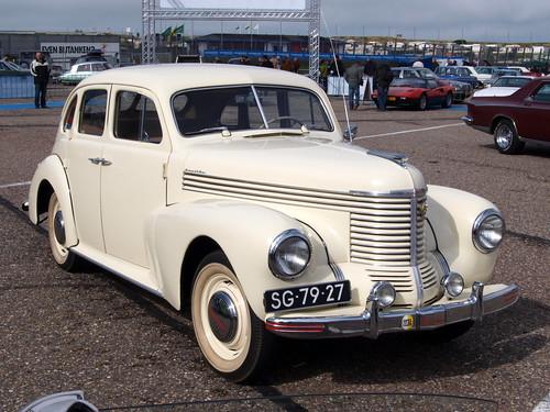 SG-79-27 Opel Kapitan 1950